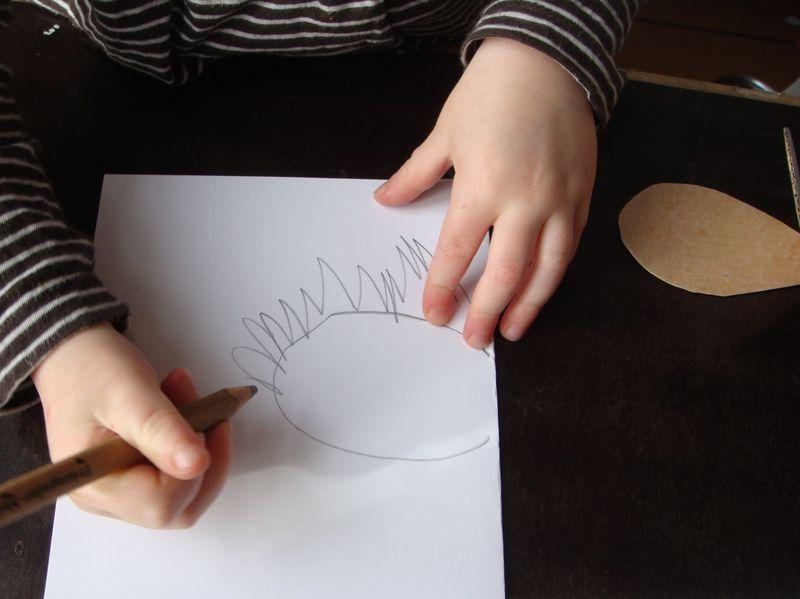 Fastelavnsmaske selv små børn kan tegne udenom skabelonen