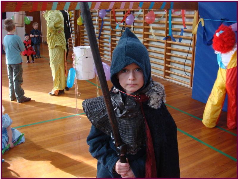 Fastelavnsfest den fryfteløse ridder