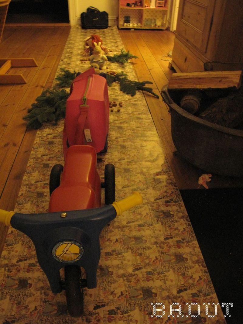 Drillenissen ruller juleløberen ud
