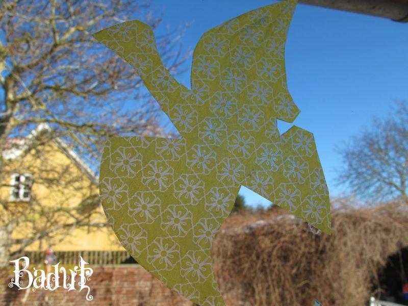 Fugle af silkepapir gul