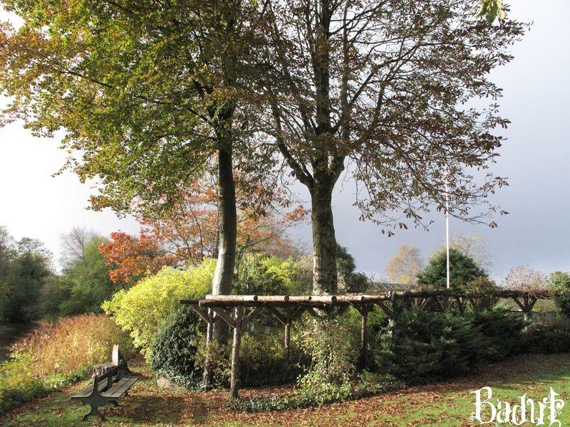 Oktoberhave nu med flagstang