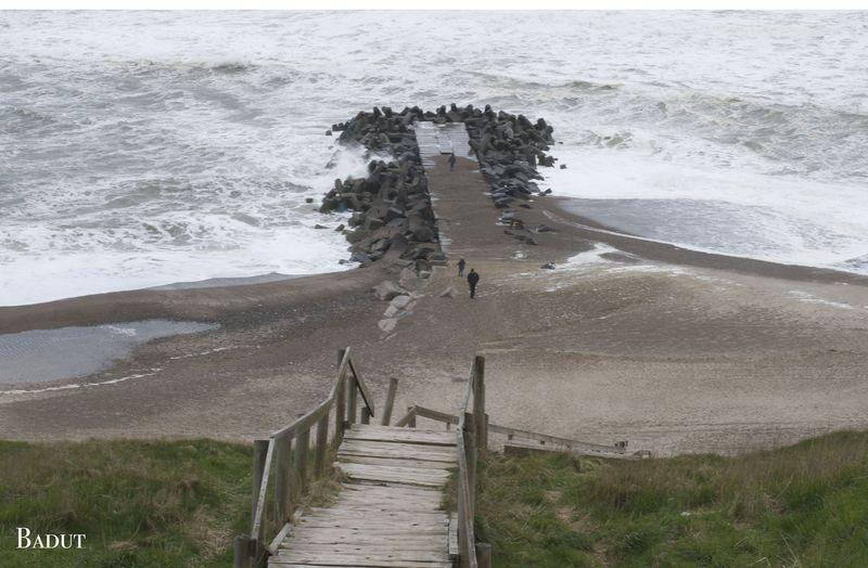 Kik ned mod stranden ved Bovbjerg fyr