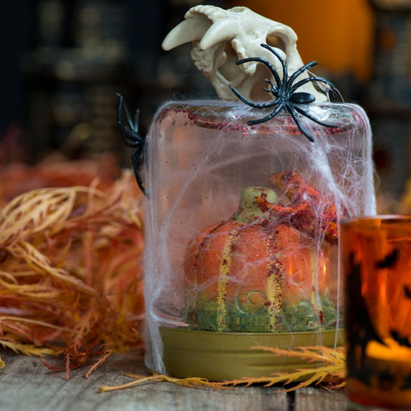 Halloween rystekugle set fra siden