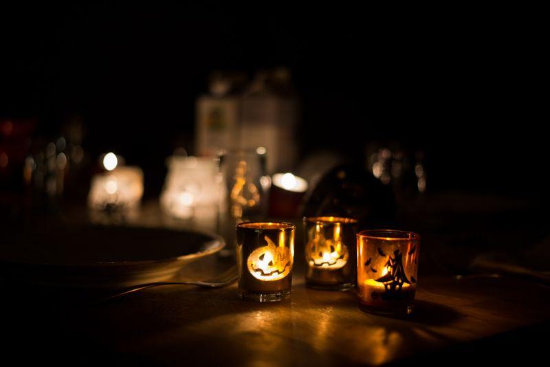 Halloween i huset ved åen