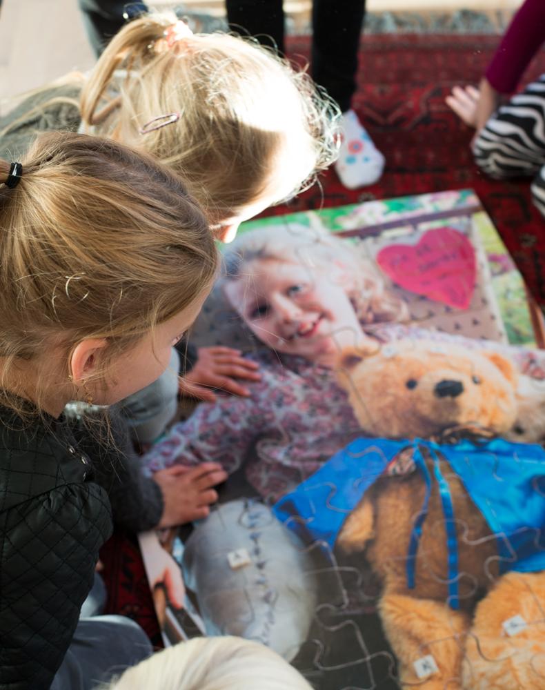 Kæmpe puslespil sjov aktivitet til fødselsdagen