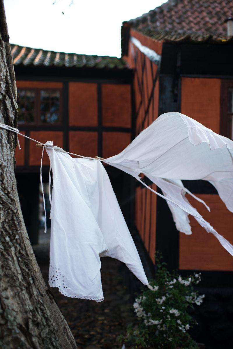 Vasketøj i den gamle farvergaard Ebeltoft