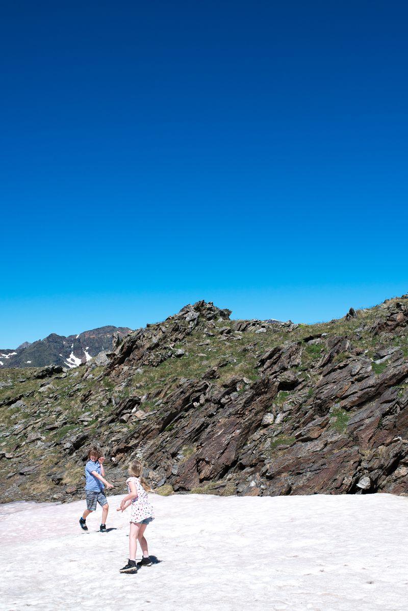 Sommer i Andorra sneboldkamp