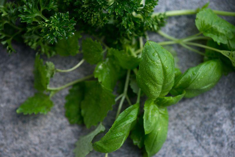 Krydderurter til Salsa verde