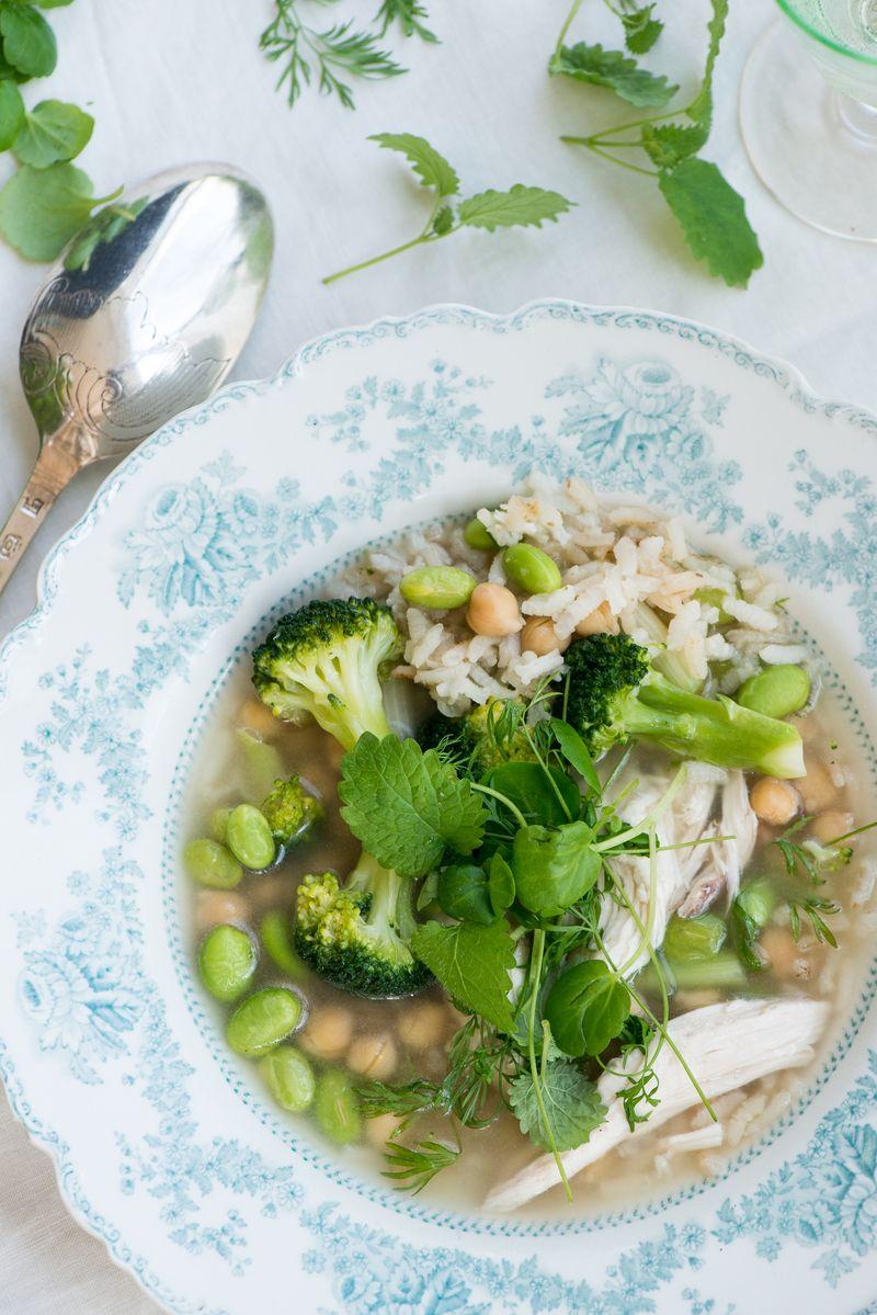 Kyllingesuppe opskrift med ris og grønsager