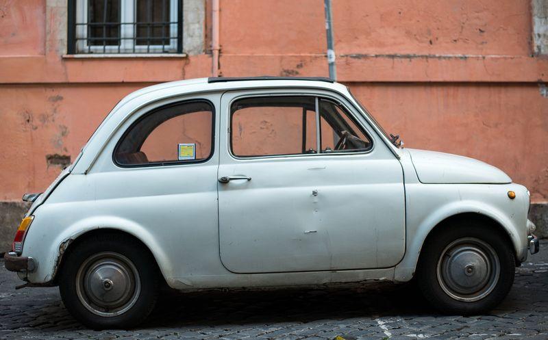 Lille bil i Rom